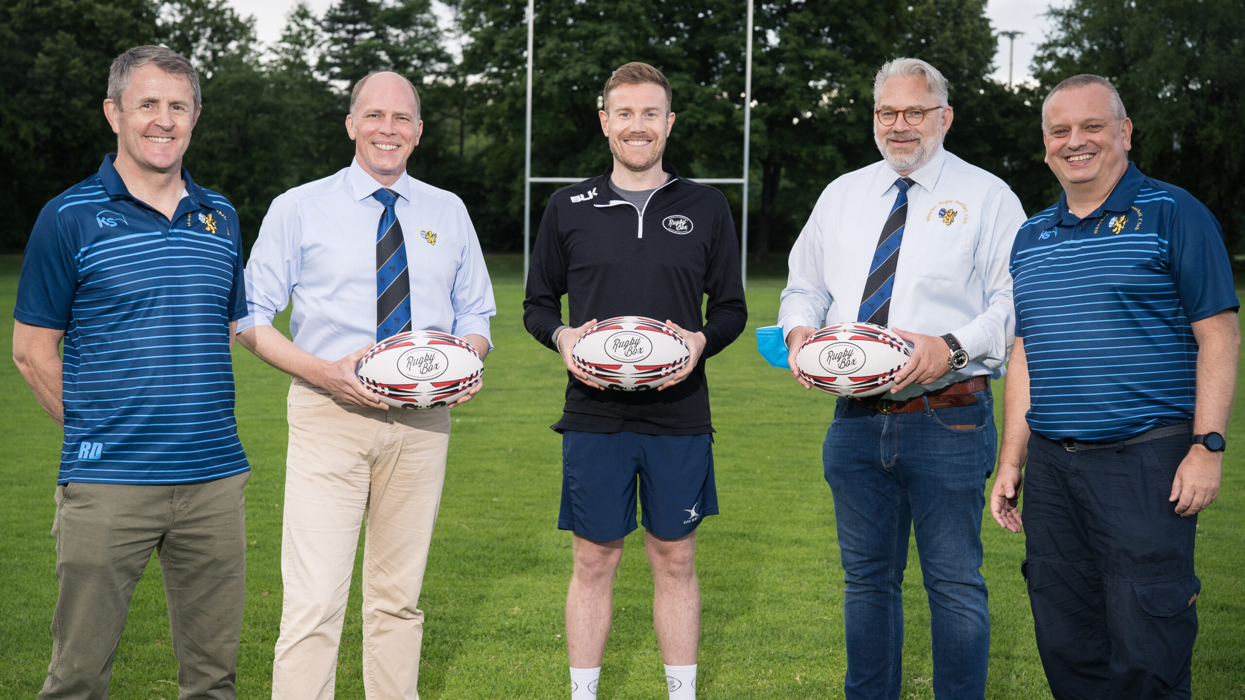Read more about the article Rugby Box: neue Bälle für den MRFC